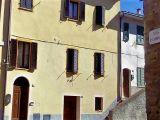 Appartamento centro storico Chiusi (SI)